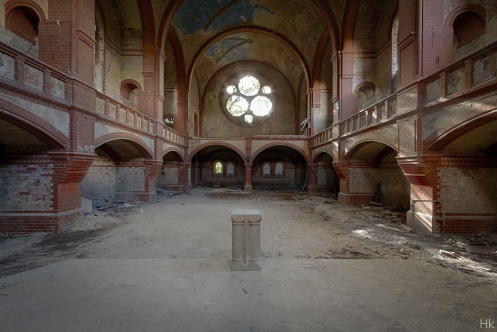 Rote Kirche-1