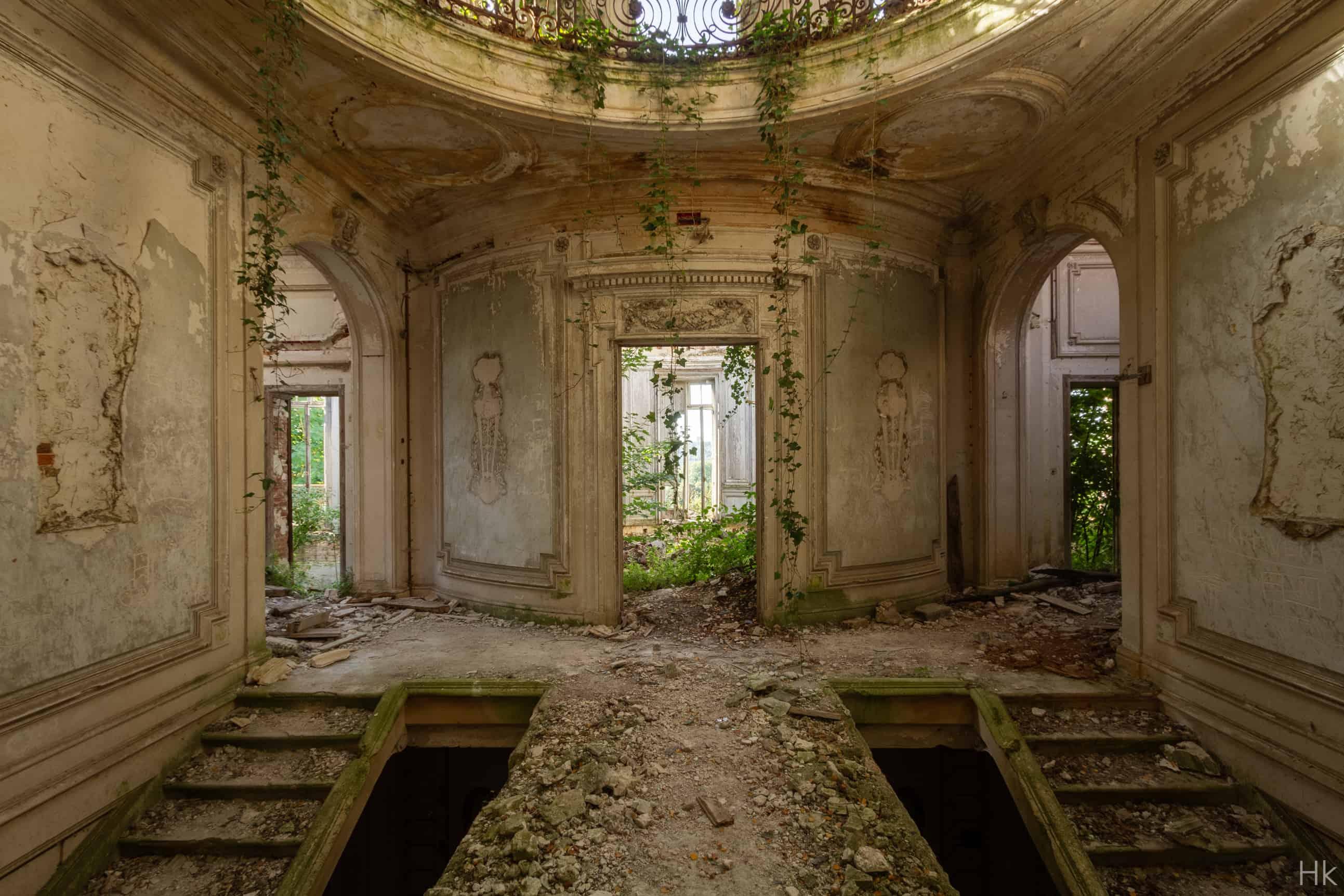 Ruine Elegante-1